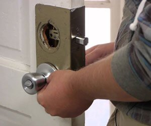 Capitol Locksmith Service Chicago, IL 312-973-4909